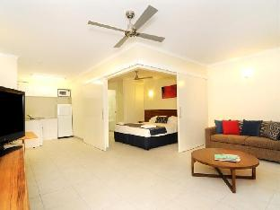 Cairns Queenslander Hotel & Apartments