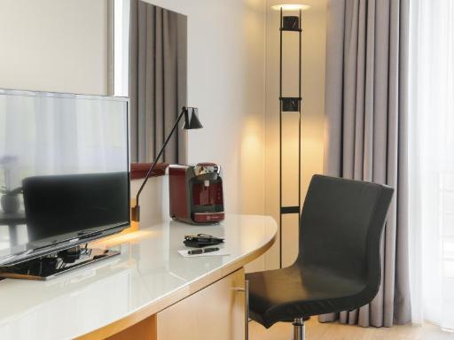 ➦  Accor Hotels    (Nordrhein-Westfalen) customer rating