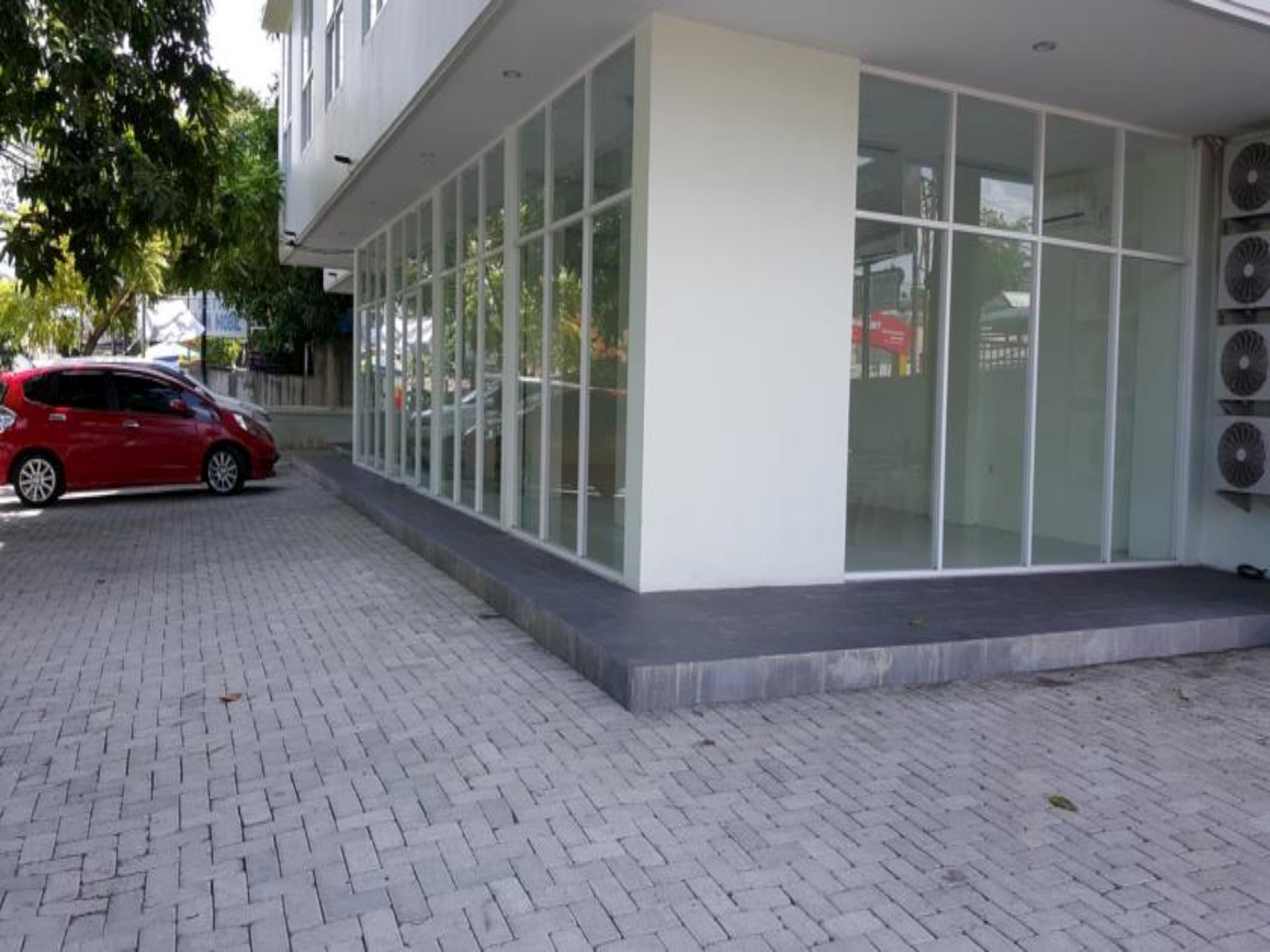 Hotel Manado Green Hostel - Jalan Sarapung - Manado