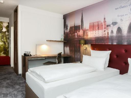 Atrium im Park Hotel by Libertas hotel accepts paypal in Regensburg