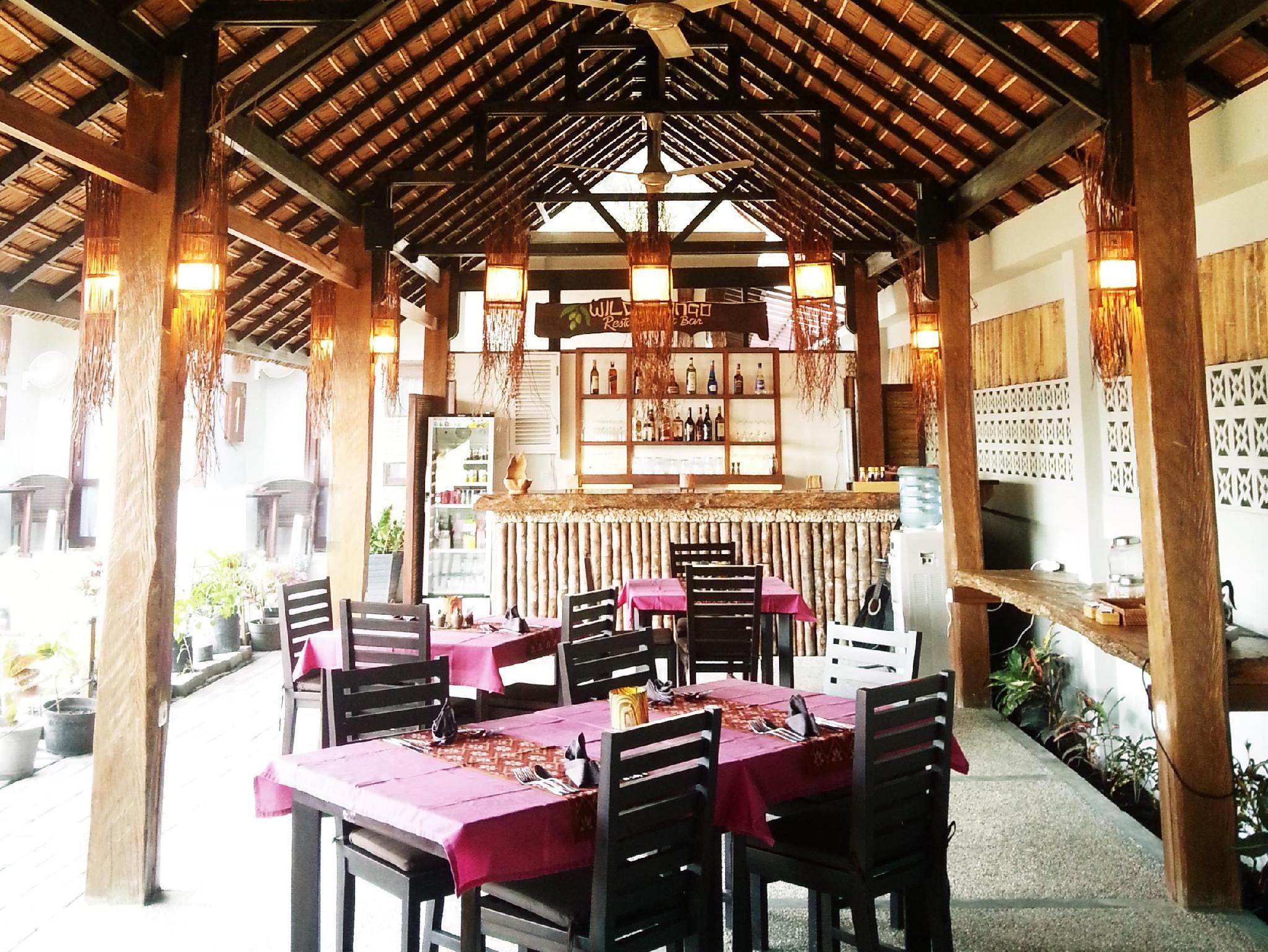 Hotel Cocotinos Lembeh a Boutique Dive Lodge - Makawidey Ling II Kec. Aertembaga - Bitung