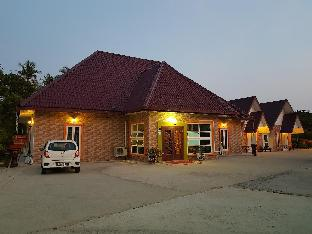Pilly Holiday Home