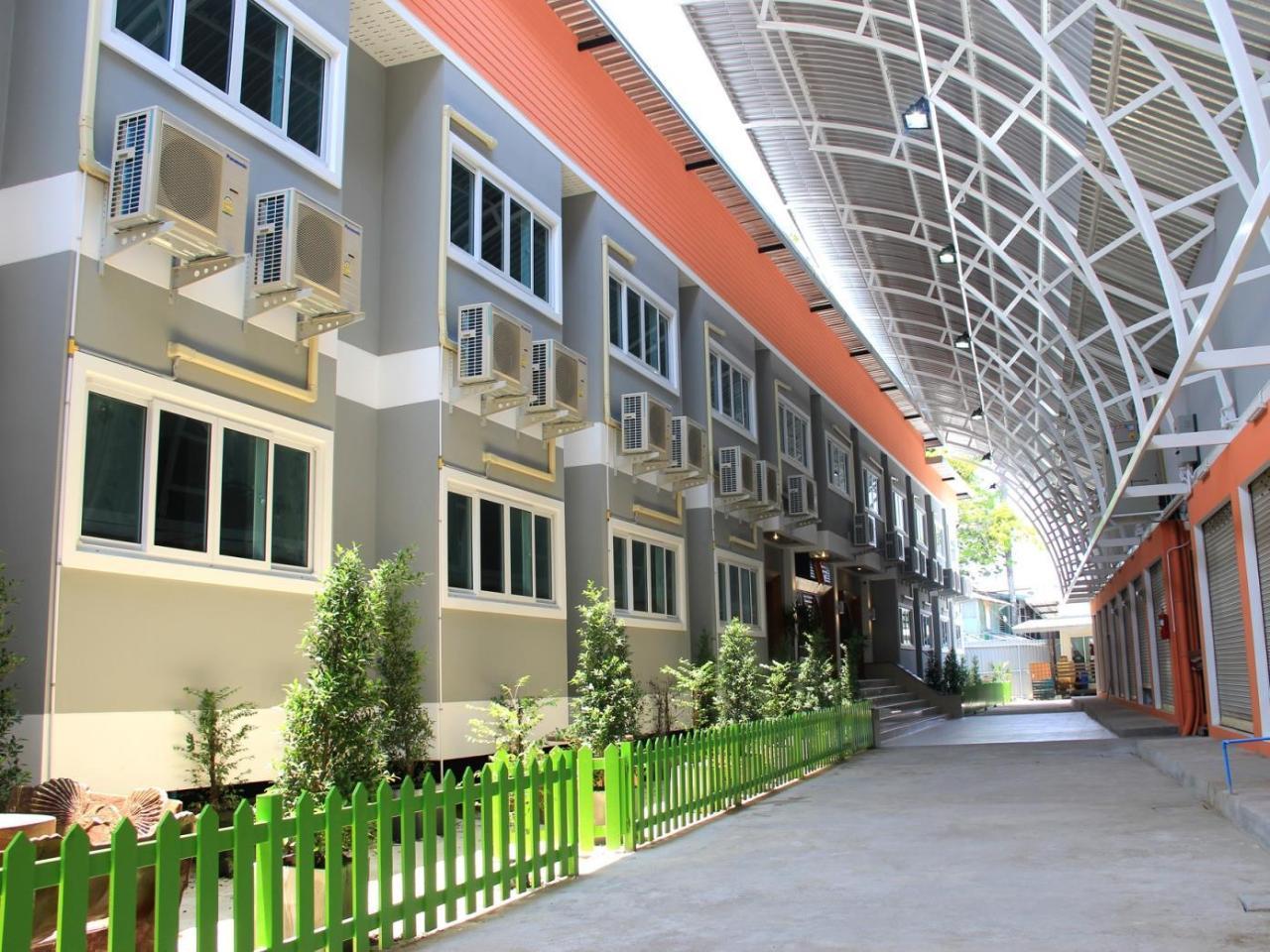 โรงแรมปานมณี (Panmanee Hotel)