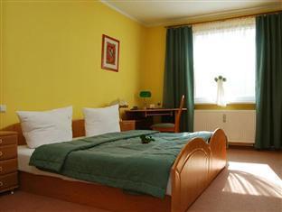 Best PayPal Hotel in ➦ Gliwice: Hotel Diament Economy Gliwice