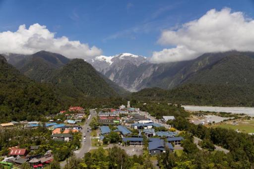 Best guest rating in Franz Josef Glacier ➦ Franz Josef Top 10 Holiday Park Accommodation takes PayPal
