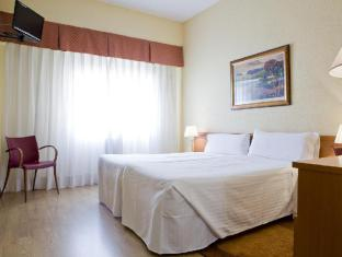 Hostal Residencia Don Diego Madrid - Guest Room