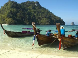 Avantika Boutique Hotel Patong Beach Phuket - Patong Beach - Take a Day Trip on a Long Tail Boat