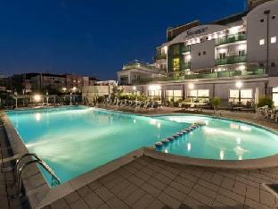 Booking Now ! Hotel Lungomare