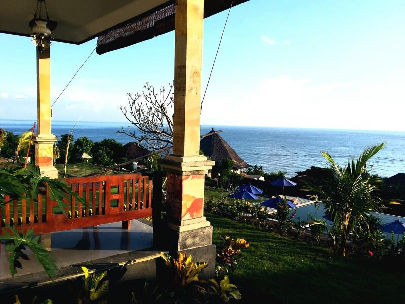 Hotel Bali Bhuana Villas - Jl. Raya Amed, Karangasem, Bali - Bali