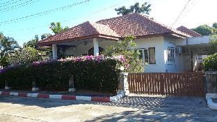 メー ラムプン ビーチ ハウス Mae Rampung Beach House