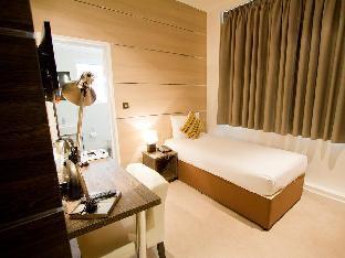 The Wesley Hotel guestroom junior suite