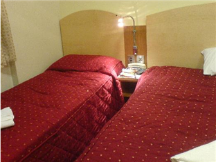 St George's Inn Victoria London - Guest Room