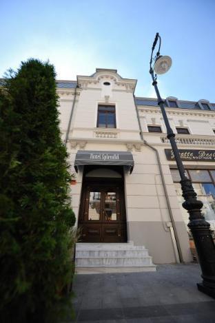 Cazare la  Hotel Splendid 1900