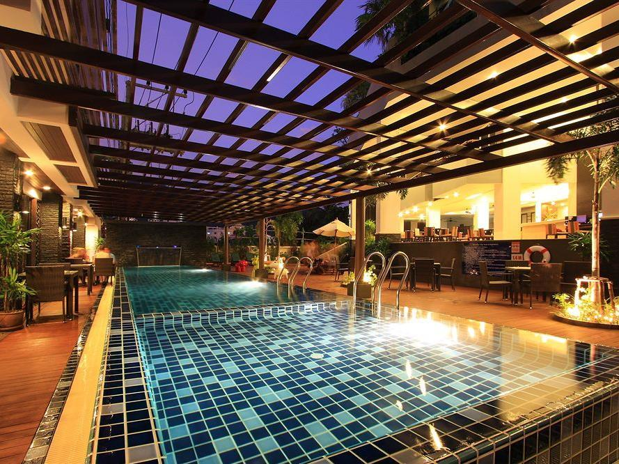 Baramee hip hotel patong phuket thailand great for Hippest hotels