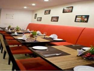 Hotel Le Grand New Delhi and NCR - Restaurant