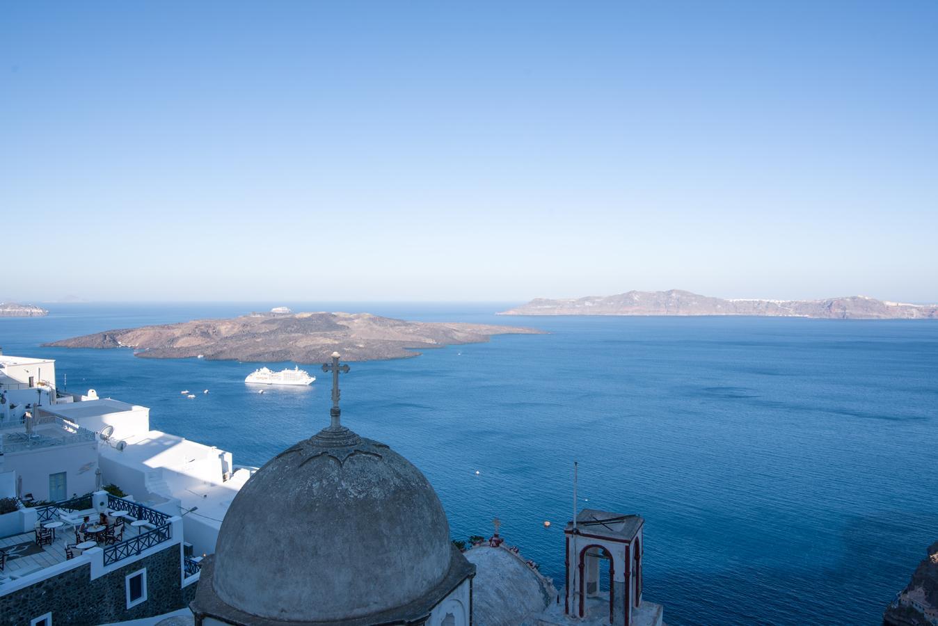 Angel Luxury Suites Santorini 5 Star Hotel In Santorini Greece