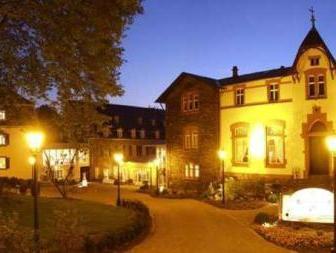 Weinromantikhotel Richtershof Mulheim (Mosel) Germany
