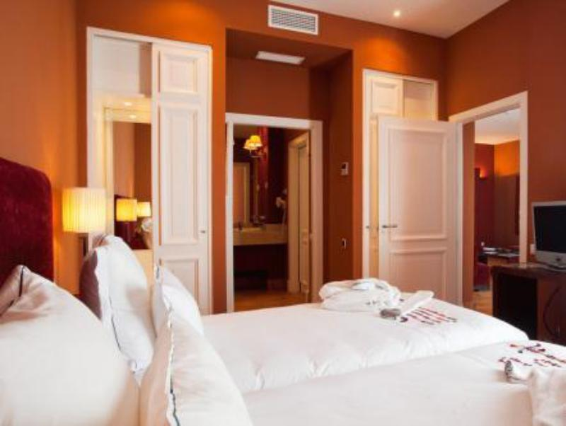 Best PayPal Hotel in ➦ Benalup Casas Viejas: