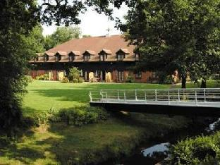 Get Coupons Ellington Lodge at The Concorde