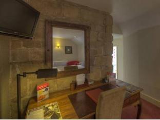 Dog and Partridge Hotel by Good Night Inns Tutbury - Interior