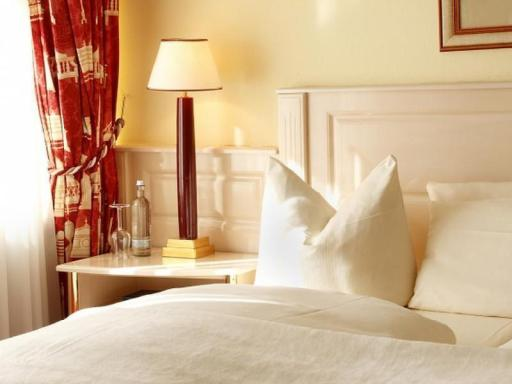 ➦  Wyndham Hotels & Resorts    (Bavaria) customer rating