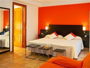 Best guest rating in Playa De Aro ➦  takes PayPal