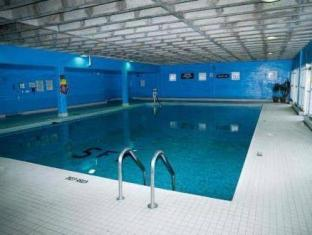 Town Inn Furnished Suites Toronto (ON) - Piscina