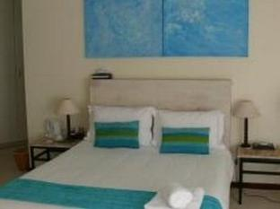 Palmieros Bed and Breakfast East London - Honeymoon Suite (Seashells)