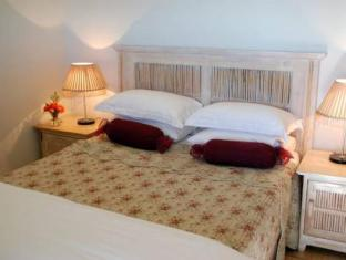 Hoopenburg Guesthouse and Venue Stellenbosch - Guest Room
