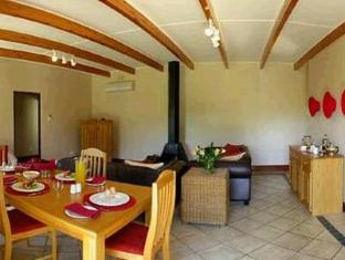 Alluvia Specialist Winery Guest House Stellenbosch - Seating Area