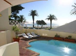 Place On The Bay Cape Town - Swimming Pool Area