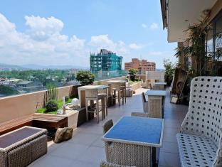 Castle Peak Hotel Cebu City - View