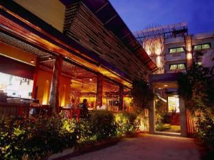 Bamboo House Phuket Hotel Phuket - Sissepääs
