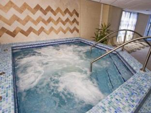 Rubin Wellness & Conference Hotel Budapest - Jacuzzi