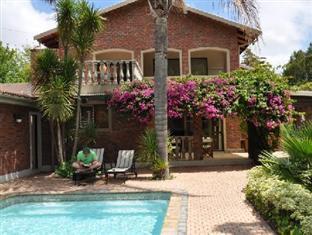 Aziza Guesthouse