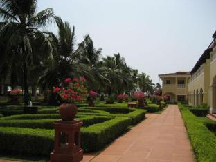 The LaLiT Golf & Spa Resort Goa South Goa - Aplinka
