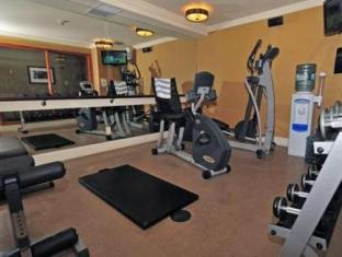 Fox Hotel and Suites Banff (AB) - Fitness Room