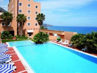 Hotel Punta Nord Est