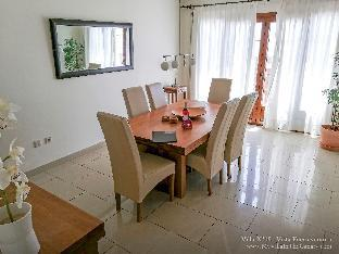 Lanzarote Luxury Villa With Private Heated Pool and jacuzzi Oceano