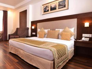 Hotel Le Roi New Delhi and NCR - Guest Room
