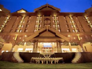 The Royale Chulan Hotel Kuala Lumpur Kuala Lumpur - Hotel Facade - night view