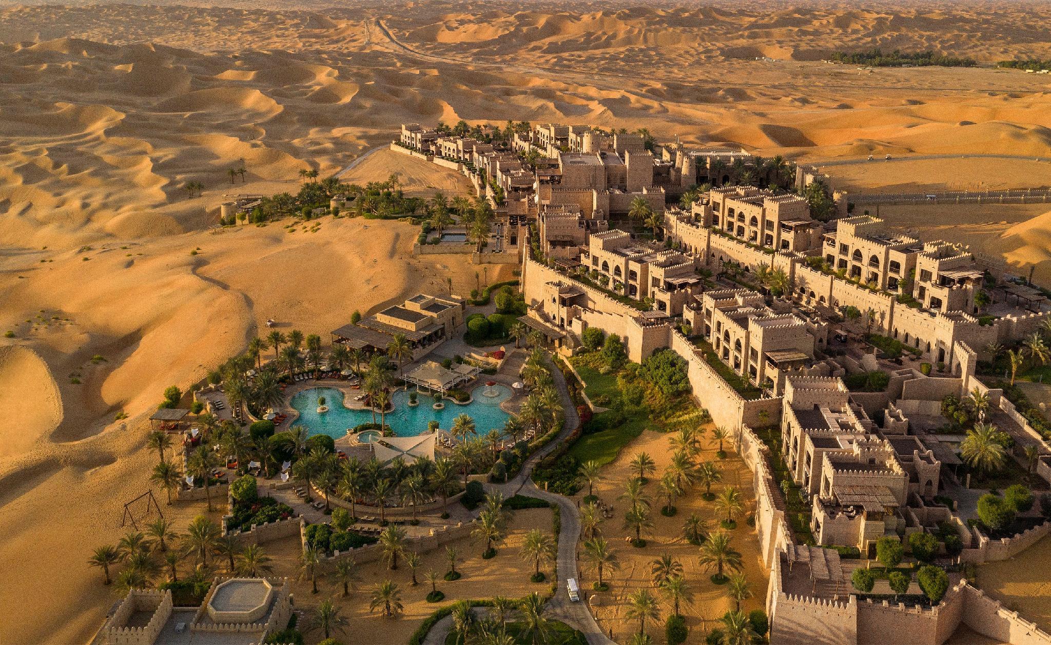 Qasr Al Sarab Desert Resort by Anantara – Jereirah 1