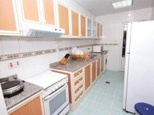 Ramee Guestline Hotel Apartments 1 Abu Dhabi - Kitchen