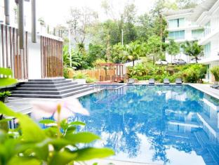 The Trees Club Resort Phuket - Bazén