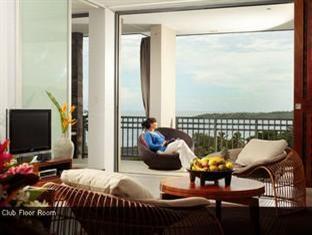 1 Bedroom 1 King Club Suite