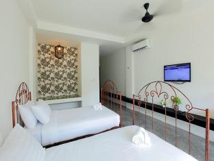 Surintra Resort Phuket - Grand View Deluxe Terrace Twin Room