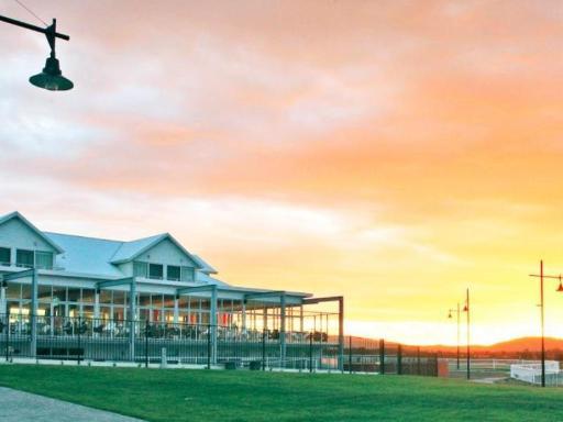 Best PayPal Hotel in ➦ Tamar Valley: Riverside Hotel Motel