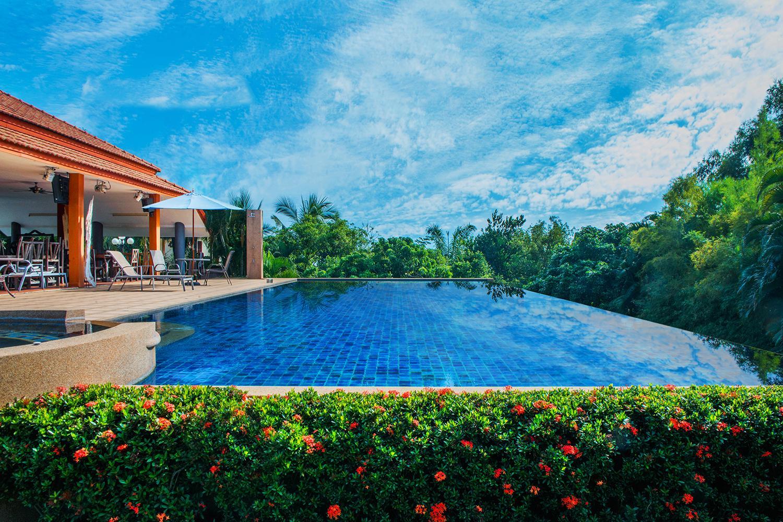 LPC Holiday villa,แอลพีซี ฮอลิเดย์ วิลลา