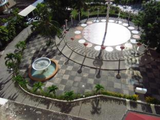EGI Resort and Hotel Cebu - Interiér hotelu