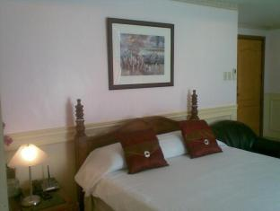 Baywatch 1904 Manila - Guest Room